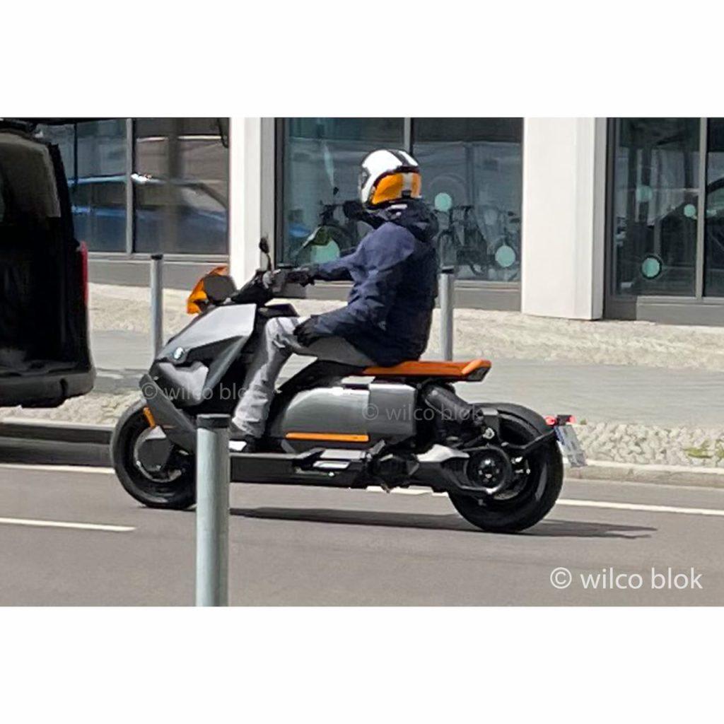 Production BMW CE04 spy shot