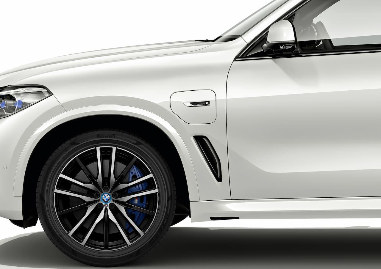 2022 BMW X5 PHEV body changes