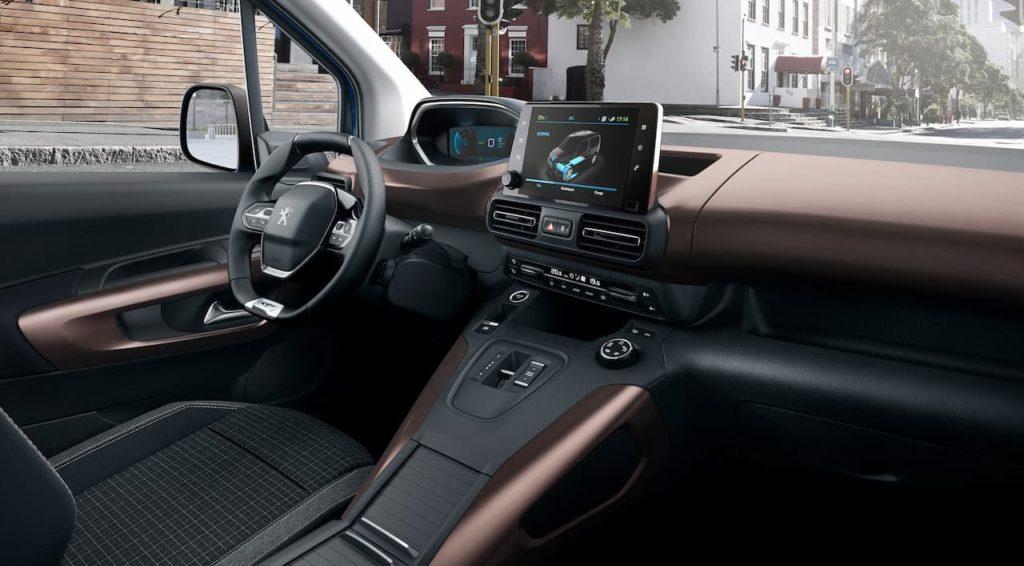 Peugeot e-Rifter interior