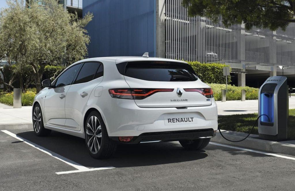 Renault Megane hatch plug-in hybrid rear three quarter