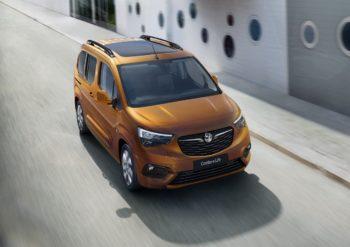 Vauxhall Combo-e Life deliveries to commence in October